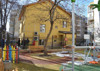 Студентския съвет на ВУСИ дари електроуреди на деца в нужда-3