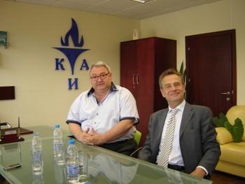 """КИА ще си сътрудничи с """"Piraeus Bank"""""""