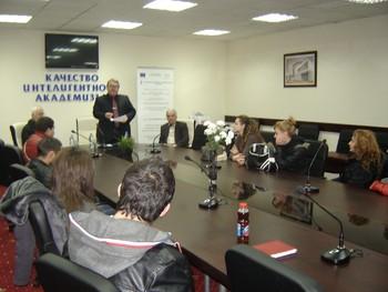 """Наградиха победителите в конкурса """"Най-добър предприемач на КИА за 2012"""""""