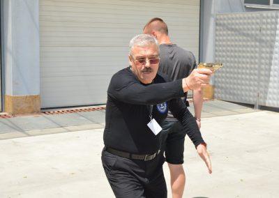 """Практически занятия на студенти от """"Национална сигурност"""" - стрелба с пистолет и охрана 0008"""