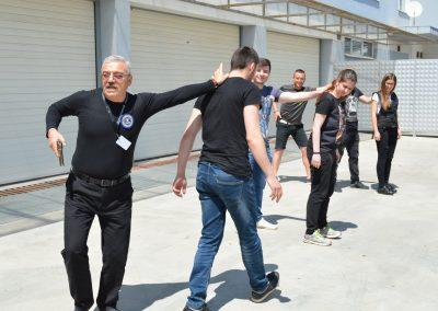 """Практически занятия на студенти от """"Национална сигурност"""" - стрелба с пистолет и охрана 0010"""